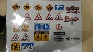 Panneaux FF XV.jpg