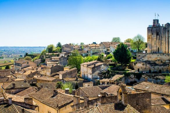le charmant petit village de Saint-Emilion qui servira de base pour Léa Mundis